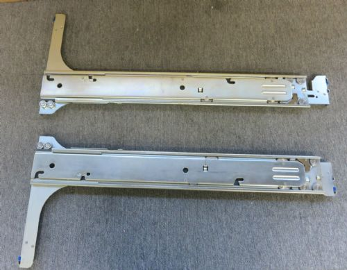 DELL 3328V PowerEdge 6400 Server Rapid Rail Kit Includes Left/Right Rails 105GR